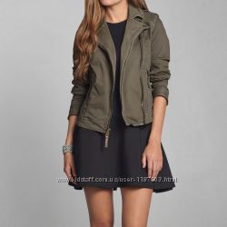 ������ Abercrombie & Fitch