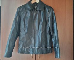 Кожаная курточка размер S