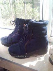 Классные. зимние ботинки на тракторной подошве.