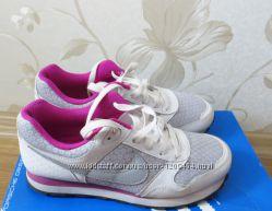 Кросівки Nike  оригінал 37р
