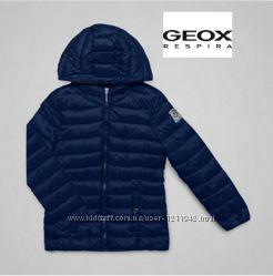 Шикарная курточка на мальчика или девочку Geox Respira 3Т. Италия