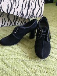 Туфли из натурального замша