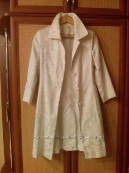 Белое хлопковое пальто