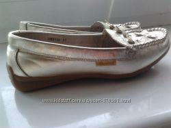Туфли-мокасины 23, 5 см кожа золотистые
