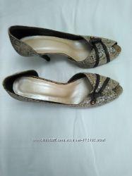 классные из натур. кожи открытые туфли