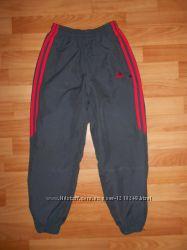 Спортивные штаны Adidas на мальчика 7-8лет. 122-128см. Оригинал.