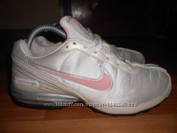 Кроссовки Nike Air Max. 38 размер. 24, 5см. по стельке. Оригинал.