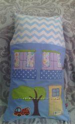 Домик-подушка ручной работы