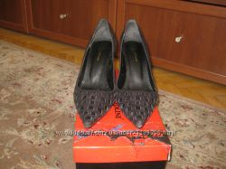 Туфли Monarch замшевые, черные.