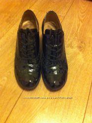 Туфельки Gabor кожа, лак 39 размер