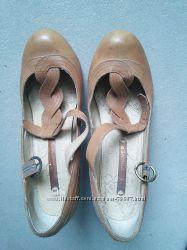 Туфлі Next