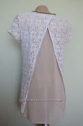 Блуза с кружевом и разрезом на спине