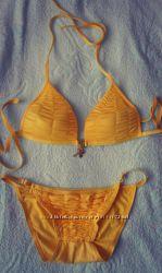 Жовтий купальник