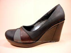 Шикарные женские туфли из эко кожи на танкетке. Размеры 36-40.