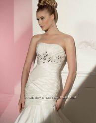 Шикарное свадебное платье Eirena Sposa цвета Ivory