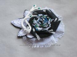 Брошь-бохо с элементами сутажной вышивки