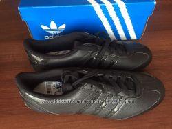 Недорого черные женские кроссовки Адидас оригинал с Европы качество