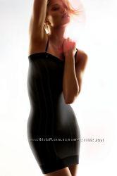 Комфортное и практичное корректирующее платье Triumph.