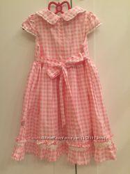Красивое платьице Domoco