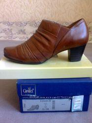 Туфли кожаные Caprice на р. 37-37, 5