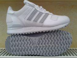 ��������� Adidas Wmns ZX 700 S78939