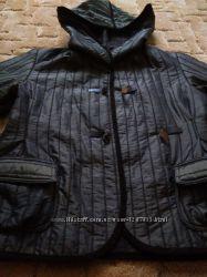 Короткая курточка с капюшоном, размер 48