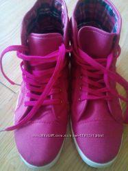 Кеди рожеві