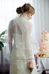 Красивое утонченное нежное свадебное платье