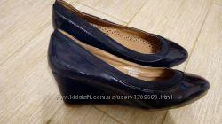 Туфли лодочки лакированные 38 размер 24 см по стельке