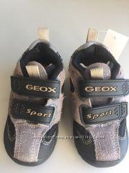 Кроссовки Geox, для мальчика, новые, демисезонные, р. 21.