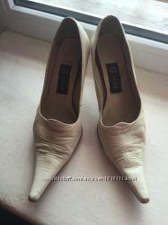 Туфли свадебные, на торжество, кожа, р. 39.