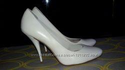 Новые кожаные туфли, размер 40
