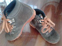 Замшевые  демисезонные ботинки MERRELL