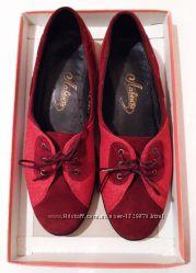 Весенние туфли Лавента из натуральной замши 36 размер бордово-красные