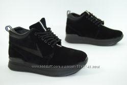 Демисезонные ботинки на шнурке нубук
