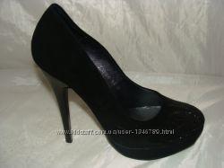 женская кожаная обувь 38р.