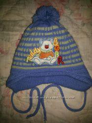 Теплая, зимняя шапочка