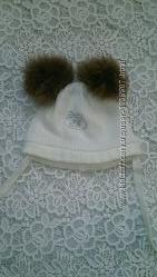 шапка вязанная на 3-6 месяцев