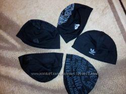 Трикотажные шапки новые