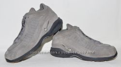 Женские ботиночки Nike 39 деми.