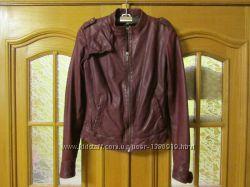 Женская бордовая кожаная куртка MEXX