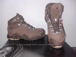 Треккинговые ботинки mammut