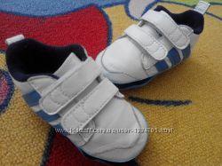 Кожаные кроссовки-пинетки adidas neo 17 размер стелька 10, 5