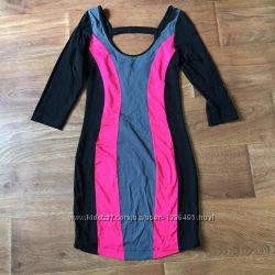 Платье миди lipsy черно-розовое в полоску разм. 10