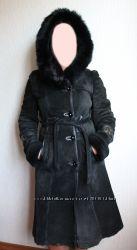 Натуральная кожа чёрная зимняя дублёнка с капюшоном