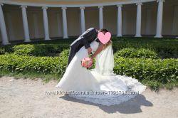 Продам шыкарное и очень красивое свадебное платье