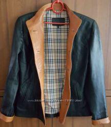 Фирменная, кожаная курточка