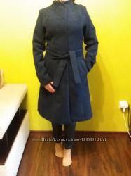 Пальто темно-синього кольору