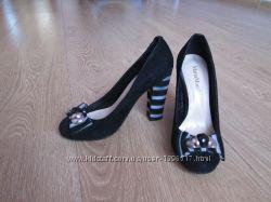 Красивые туфли 36 размер