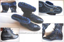 Новые женские спортивные сапожки на шнуровке Fabi